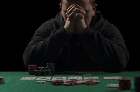man addicted to gambling